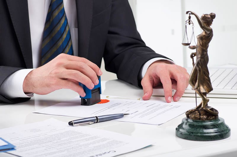 The Right Business Litigation Lawyer in Orange County